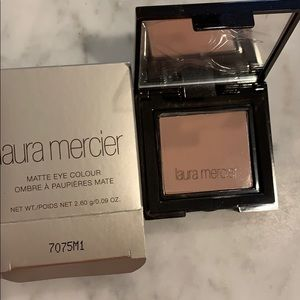 Laura mercier matte eye color
